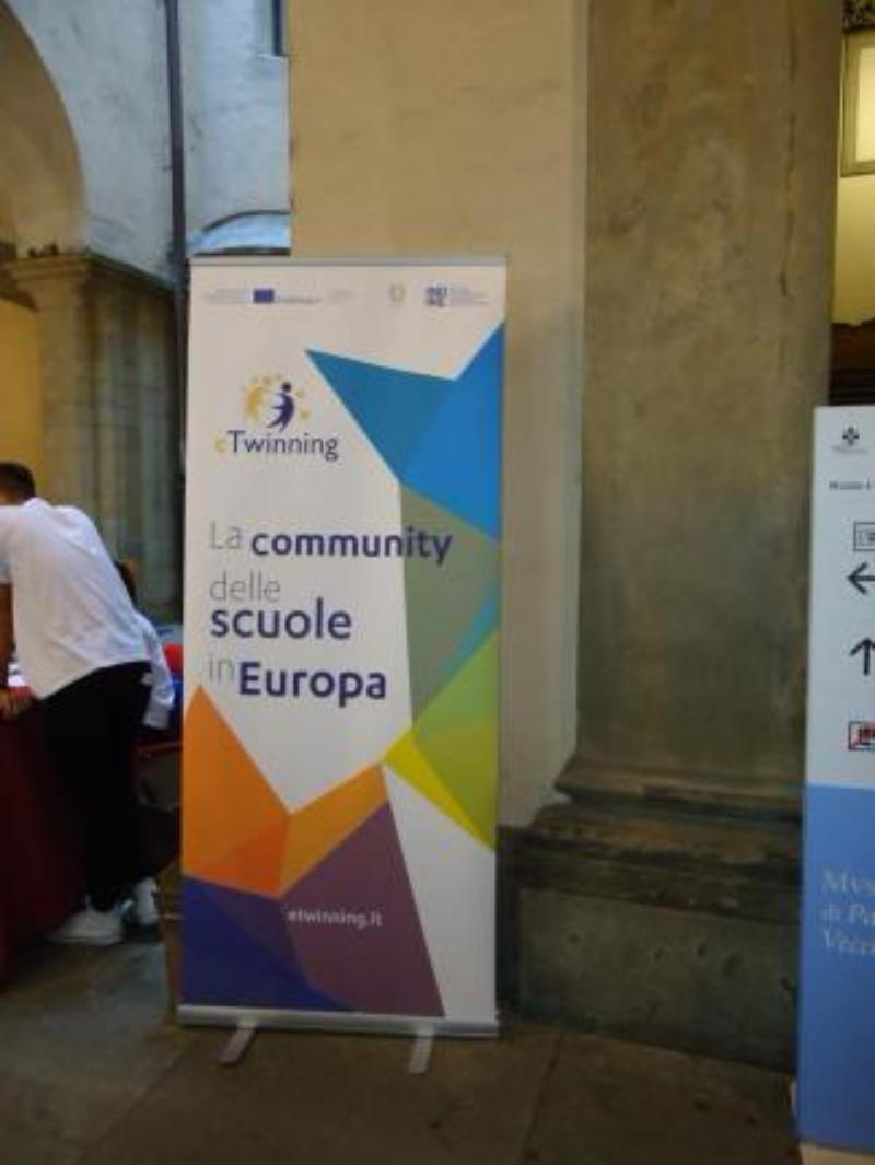 "Progetto europeo ""Different cultures on European stage"""
